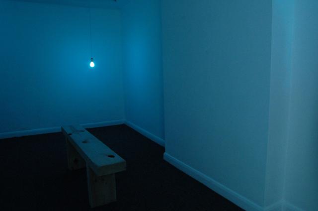 blue_room_001